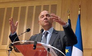 Le ministre de l'Economie Pierre Moscovici et son homologue au Budget Bernard Cazeneuve vont annoncer mercredi les prévisions de croissance et de déficit pour 2013 et 2014, et donner les grandes lignes du projet de budget pour l'année prochaine.