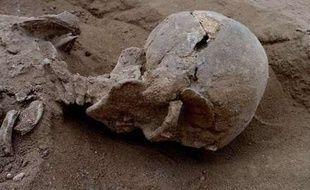 Violemment matraqué, cet homme est l'une des victimes d'un massacre perpétré au Kenya il y a 10.000 ans et découvert  par des archéologues en janvier 2015.