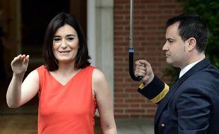 La ministre de la Santé du gouvernement espagnol a démissionné après des révélations sur l'obtention de son diplôme universitaire