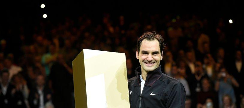 Roger Federer, de retour au sommet de l'ATP, à plus de 35 ans.