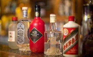 Des bouteilles de Baijiu, un spiritueux chinois connu en Chine mais peu à l'étranger.