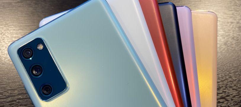 Le Galaxy S20 Fan Edition de Samsung lancé en six coloris.
