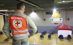 des personnes démunies dorment dans un centre d'hébergement d'urgence à Montpellier, le 18 janvier 2018.