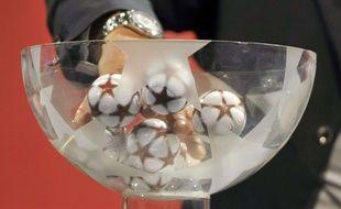 L'UEFA effectuera le tirage au sort des poules de l'Euro samedi 12 décembre.