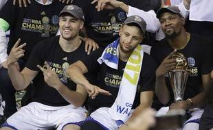 Klay Thompson, Stephen Curry et Kevin Durant.