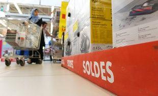 (Photo d'illustration) Les soldes commencent aujourd'hui dans quatre départements de l'est de la France.