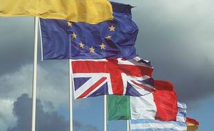 Drapeaux européens.