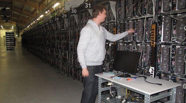 VIDEO. La blockchain, sans bullshit: On est allé visiter une «ferme» à bitcoins secrète en Islande