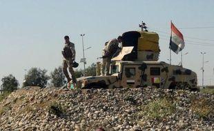 Plusieurs milliers de soldats irakiens étaient à pied d'oeuvre samedi pour tenter de sécuriser une étendue désertique de l'ouest du pays qui servirait de point de passage aux insurgés sunnites se rendant en Syrie voisine, a-t-on appris auprès d'officiers supérieurs.