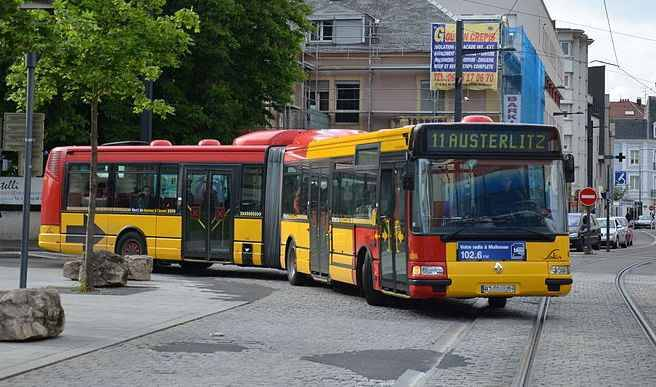 mulhouse ils volent les caisses des bus pour s 39 acheter. Black Bedroom Furniture Sets. Home Design Ideas