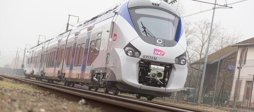Le train régional Régiolis est une génération de rames automotrices construites par Alstom.