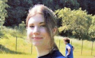 """La seconde lycéenne de Haute-Loire, en fugue depuis le 4 décembre dernier, a téléphoné à sa mère dimanche en lui indiquant qu'elle ne """"souhaitait pas rentrer"""", a indiqué à l'AFP le parquet du Puy-en-Velay."""