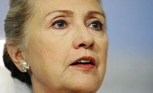 La secrétaire d'Etat américaine Hillary Clinton a appelé lundi l'ONU à agir pour faire cesser la violence en Syrie, à la veille d'une réunion du Conseil de sécurité où elle compte se rendre aux côtés de plusieurs de ses homologues.