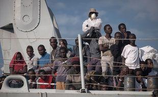 Des réfugiés sur un bateau en Italie. Credit:Michele Amoruso / IPA/SIPA