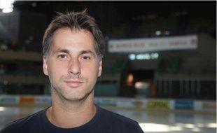 L'entraîneur des hockeyeurs bordelais, Stephan Tartari, est satisfait de son recutement mais sait que la saison sera compliquée.