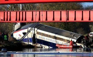 Un TGV déraille en Alsace
