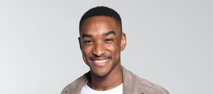 Abi fait partie des demi-finalistes de la saison 9 de « The Voice »