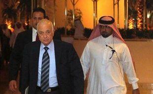 """La Syrie a """"répondu positivement"""" à la demande de la Ligue arabe d'envoyer des observateurs dans le pays pour garantir la mise en place d'un plan de sortie de crise, a annoncé lundi le porte-parole du ministère syrien des Affaires étrangères, Jihad Makdessi."""