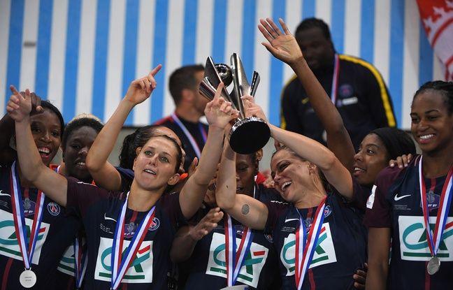 PSG: «Les filles m'offrent ce cadeau pour terminer», Laure Boulleau part à la retraite avec une Coupe de France
