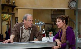 """Michel Cordes (Roland) et Sylvie Flepp (Mirta) dans la série """"Plus belle la vie""""."""