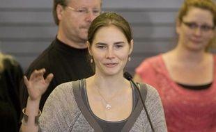Amanda Knox à son arrivée à l'aéroport international Tacoma à Seattle