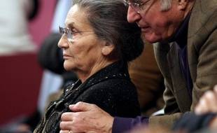Antoine Veil, ancien haut fonctionnaire et dirigeant d'entreprises, mari de Simone Veil, est décédé dans la nuit de jeudi à vendredi à Paris à l'âge de 86 ans, a-t-on appris auprès de la famille.