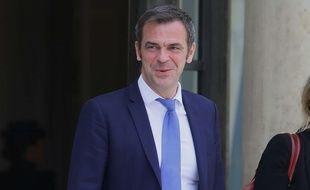 Le ministre de la Santé,  Olivier Veran