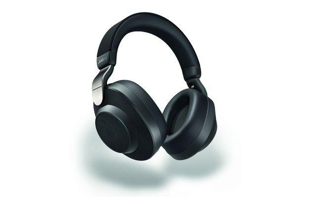 Le casque Elite 85H adapte son volume en fonction de 6000 scénarios grâce à l'intelligence artificielle.