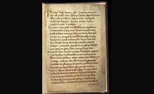Une page du «Bald's Leechbook», détenu par la British Library, dont est issue la recette de collyre testé par des chercheurs de l'université de Nottingham, en Angleterre.