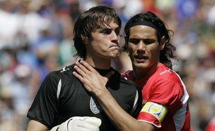 Le gardien uruguayen Mauro Goicoechea avec Edinson Cavani lors de la Coupe du monde U20 au Canada, en 2007.