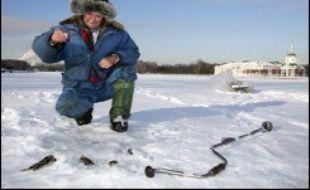 442 pêcheurs russes, dont de nombreux étaient en état d'ébriété avancé, ont été secourus samedi par des hélicoptères et des navires sur des glaces flottantes qui s'étaient brusquement détachées de l'île de Sakhaline, dans l'Extrême-Orient russe, ont annoncé des responsables.