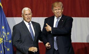 Donald Trump et le gouverneur de l'Indiana, Mike Pence, lors d'un meeting le 12 juillet 2016.