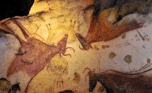 A l'intérieur de la grotte de Lascaux.