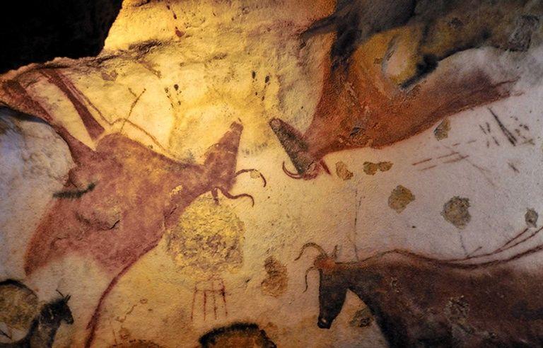 Indonesie La Plus Ancienne Peinture Prehistorique Trouvee Dans Une Grotte