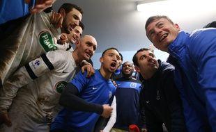 Les joueurs de Granville fêtent leur victoire sur Bourg-en-Bresse le 9 février 2016.