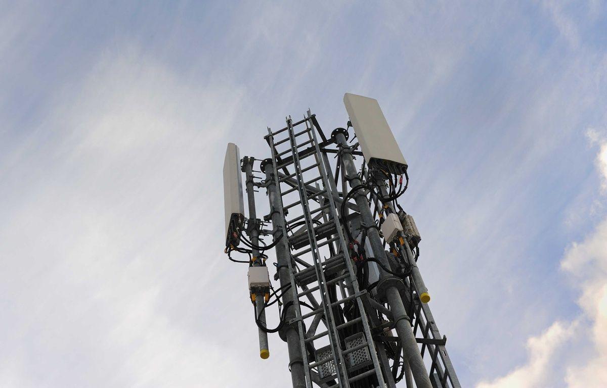 Illustration d'une antenne relais à Nantes.  – SALOM-GOMIS SEBASTIEN/SIPA