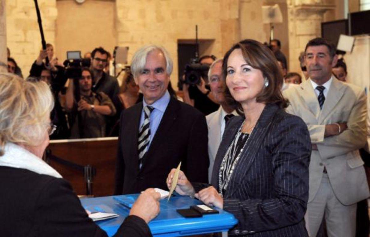 Ségolène Royal vote à La Rochelle, le 17 juin 2012. – X. LEOTY / AFP