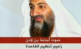 """Le chef d'Al-Qaïda Oussama ben Laden a accusé des pays arabes de """"complicité"""" avec Israël et ses alliés occidentaux lors de la récente offensive de l'Etat hébreu dans la bande de Gaza, selon un enregistement diffusé samedi par la chaine de télévision Al-Jazira."""
