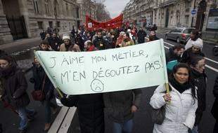 Manifestation des enseignants et professeurs des écoles contre le projet de refondation de l'école , en 2013.