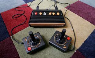En 2005, Atari avait lancé une nouvelle console reprenant le design de ses machines mythiques
