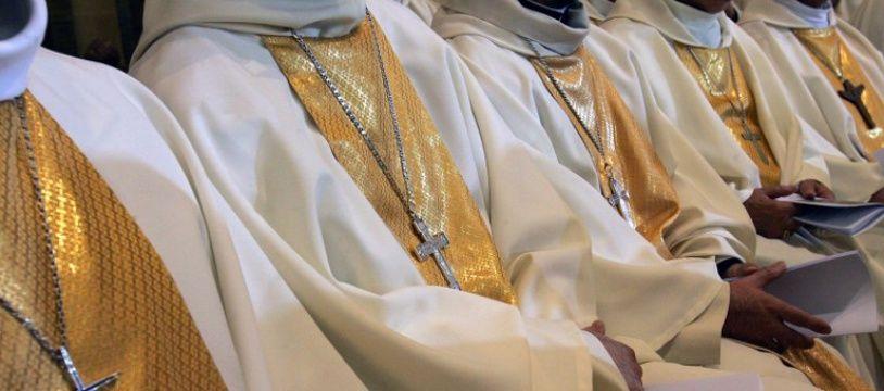 Des évêques rassemblés à Lourdes - Illustration