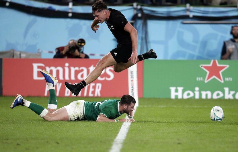 Coupe du monde de rugby : Les All-Blacks piétinent l'Irlande (46-14) et se qualifient pour les demies