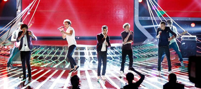 Les One Direction en concert à Milan en 2012