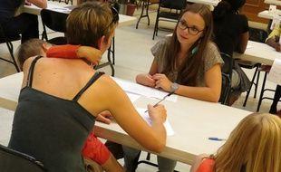 Une maman rencontre une candidate au baby-sitting dating de Lille le 17 septembre 2014