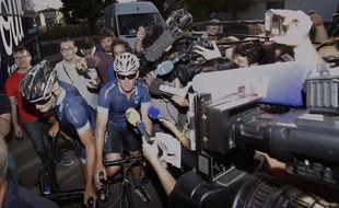 Lance Armstrong de retour dans l'entourage du Tour de France, le 16 juillet 2015.
