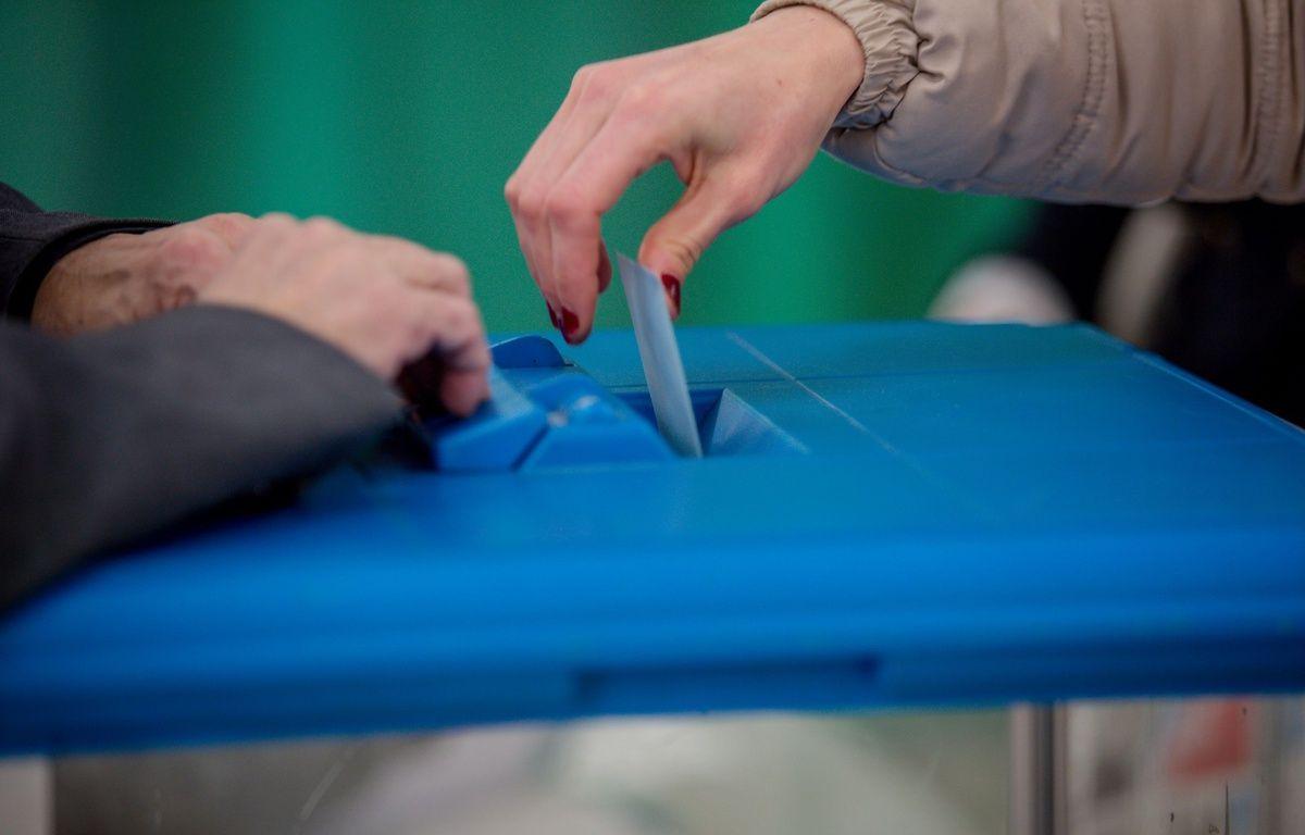 Une votante à Lyon.Le 22 janvier 2017. Credit:KONRAD K./SIPA – SIPA