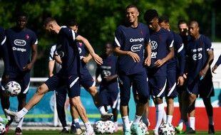 Les Bleus se sont entraînés une dernière fois à Clairefontaine avant de décoller pour Munich.