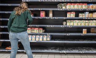 L'effet de mimétisme entraîne les consommateurs à se ruer sur les produits les plus demandés