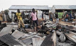 Des attentats-suicides coordonnés ont fait 16 morts dimanche, dans un camp de déplacés à la périphérie de Maiduguri.