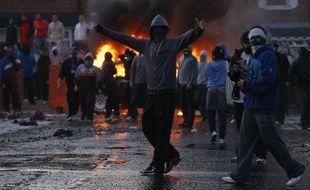 Emeute nationaliste à Belfast, en juillet 2011.